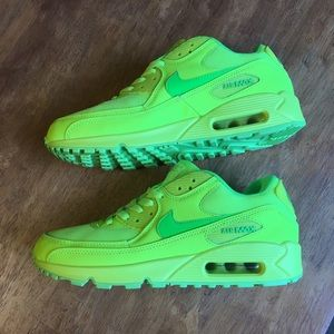 NWOT Nike Air Max 90 Hyperfuse Neon Yellow Volt